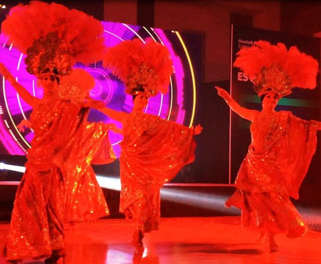 2ID - INDIAN DANCERS FOR THE CORPORATE EVENT