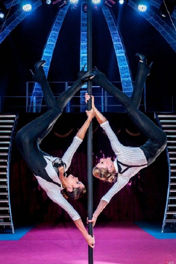 Female duo acrobats for themed party