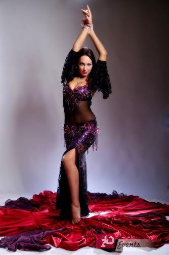 Belly dancer for promotions