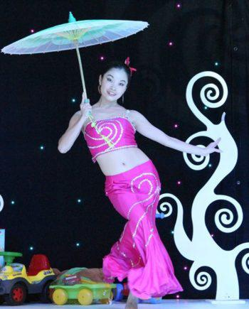 Chinese umbrella dance in Dubai