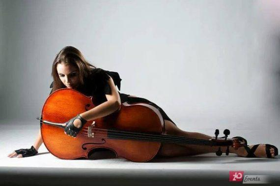Female cellist for spesial occasions