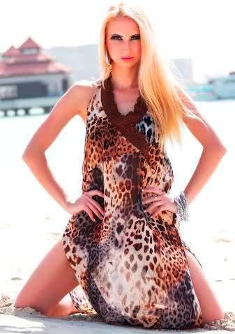 Female models for gala dinners