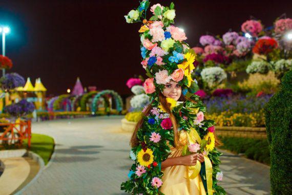 Flower girl for festivals