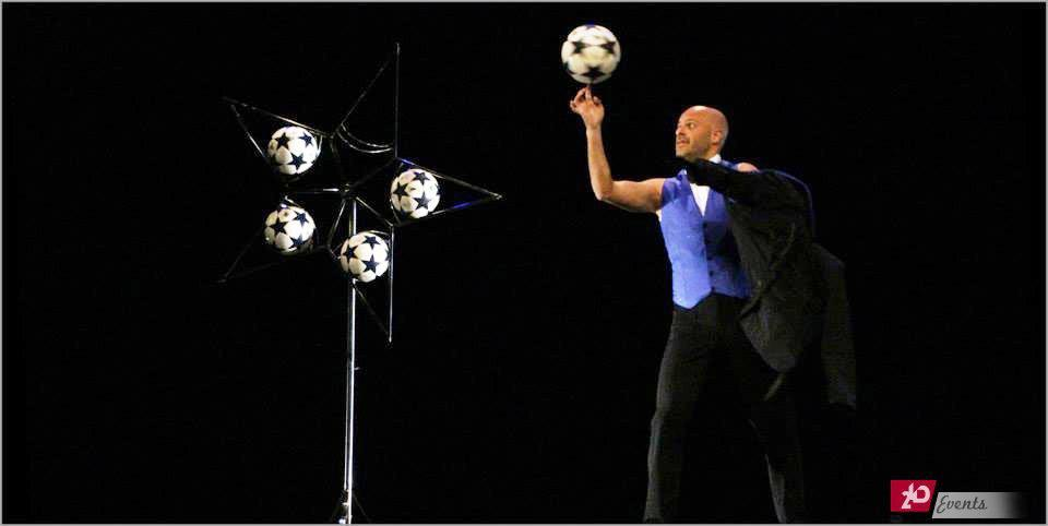Football juggler act for corporate events