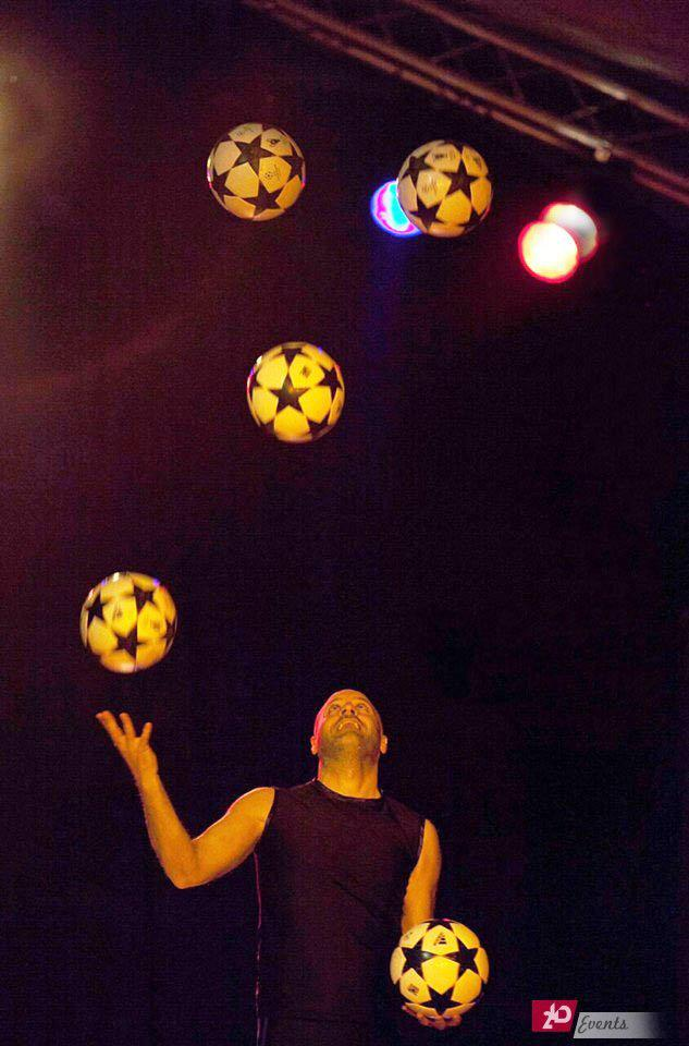Football juggler act for gala dinners