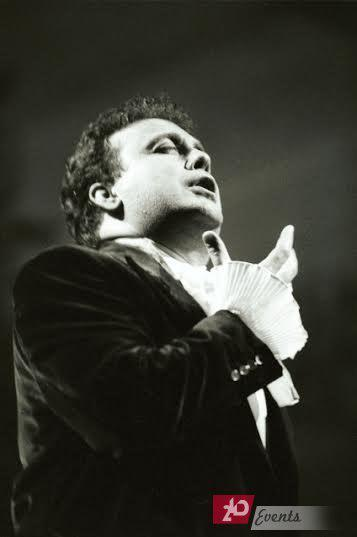 Italian tenor for corporate events