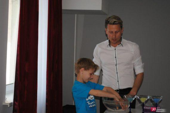 Magician for children suitable for festivals