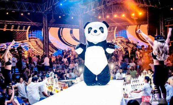 Mascots – inflatable characters for club events