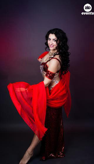 Oriental dancer for weddings