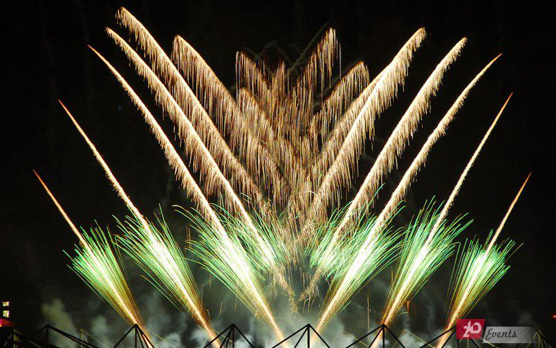 Pyro fountains for grand ceremonies