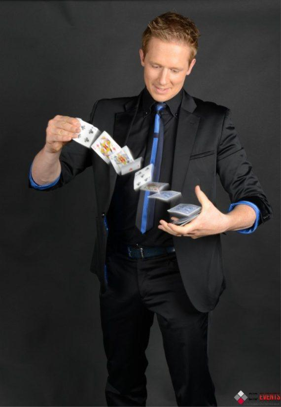 Roaming magician for corporate events