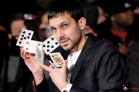 Roaming magician for public events