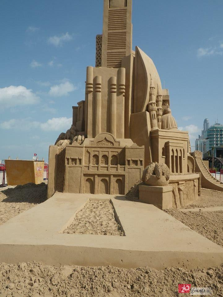 Sand sculpture for grand occasions