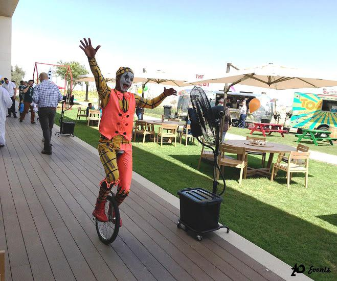 Unicycle artist for themed parties