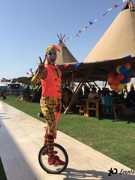 Unicycle artist for kid`s parties