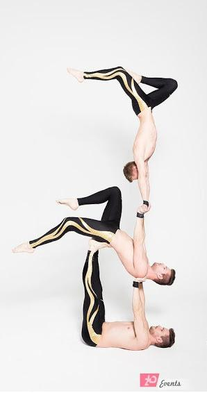 Acrobatic trio for themed parties
