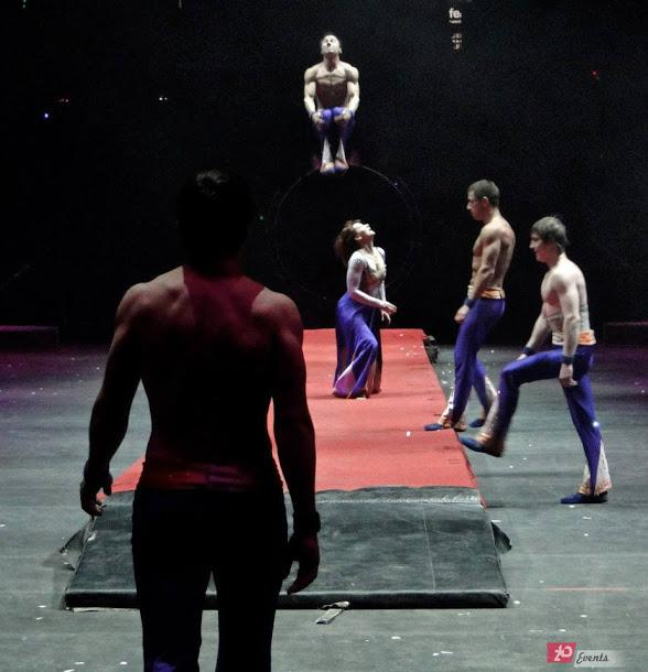 Airtrack acrobats for public events