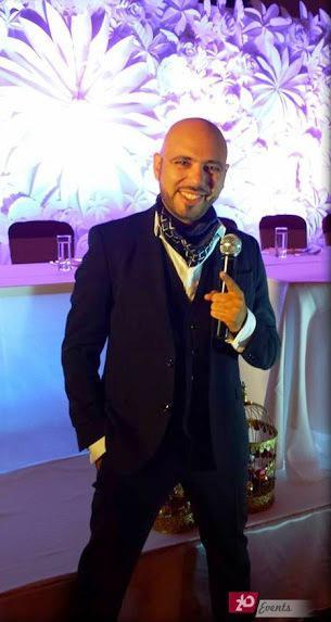 Bilingual male MC for public event
