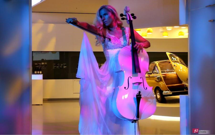 Cellist & contortionist for corporate events