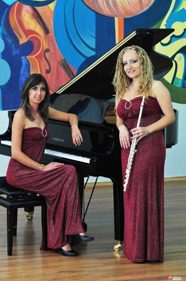 Classical duo for corporate events