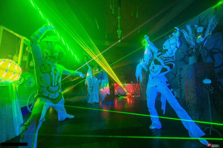 Illusion laser show for gala dinners