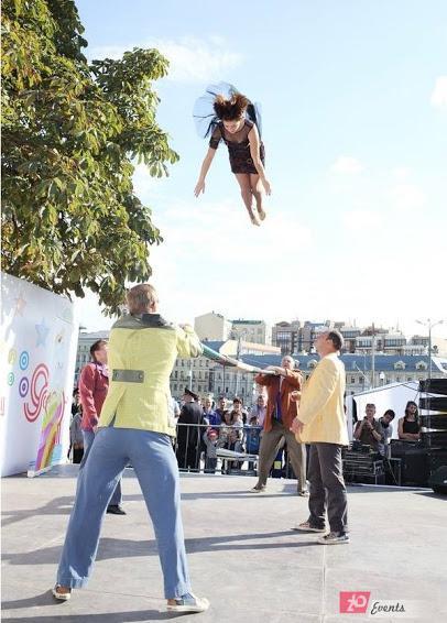 Russian bar act for street festivals