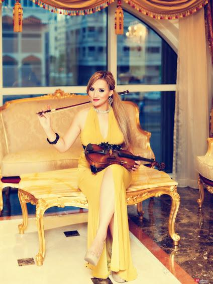 String violinist for gala dinners