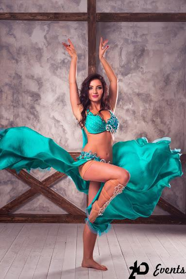 Belly dancer Malika for special events