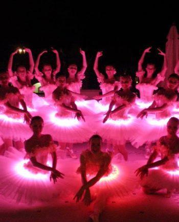 Breathtaking LED ballet in the UAE