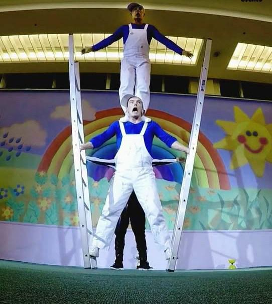 Comedy acrobats for special events