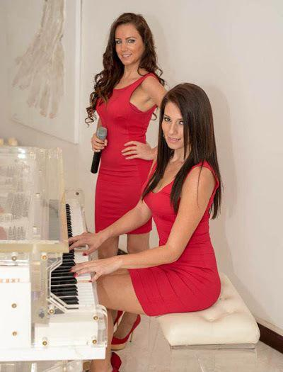 Female music duo for weddings