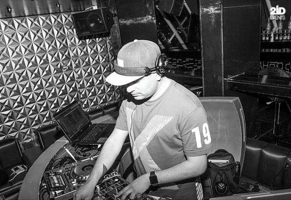 International DJ for public events