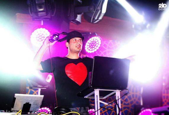 International DJ for festivals