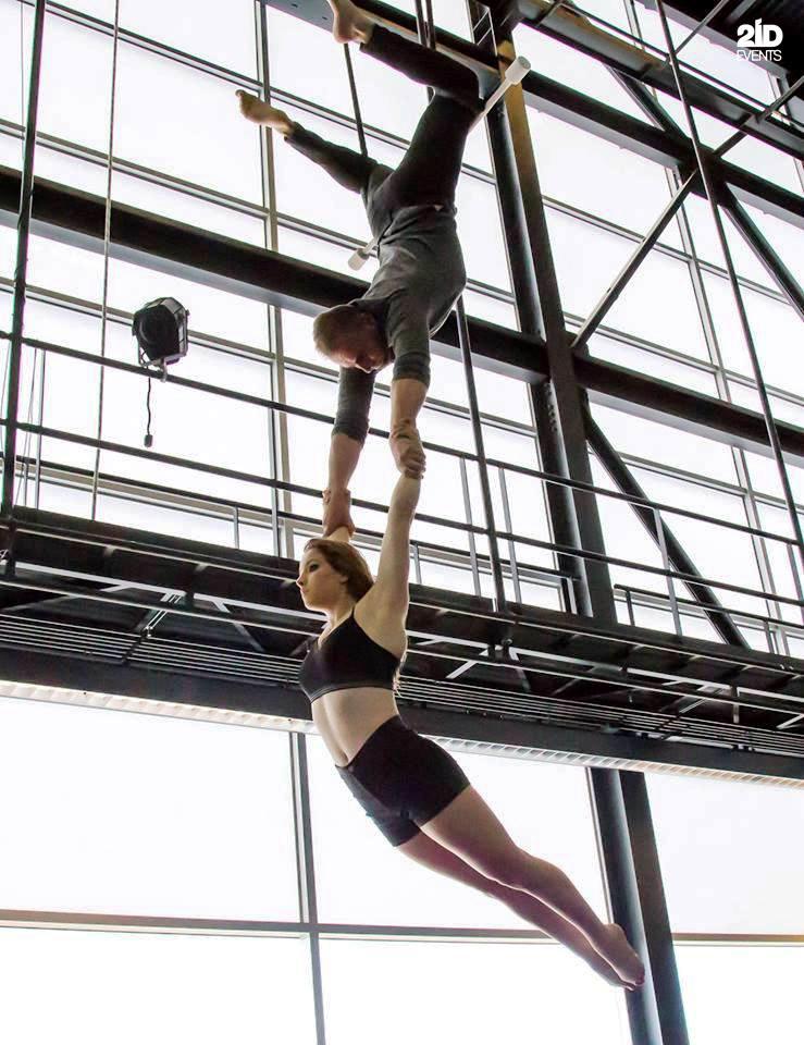 Duo trapeze for festivals