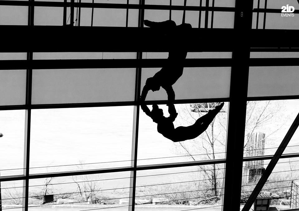 Duo trapeze for gala dinners