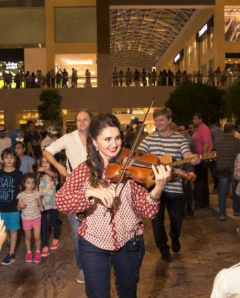 Musical Flashmob in Dubai