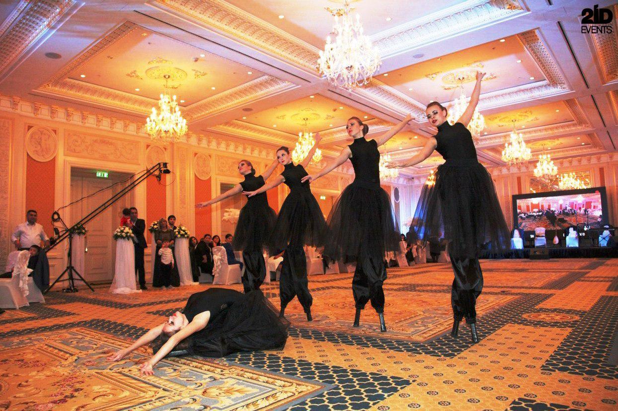 Stilt Walkers Female Dancers for private events