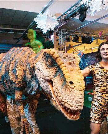 Dinosaur in Dubai