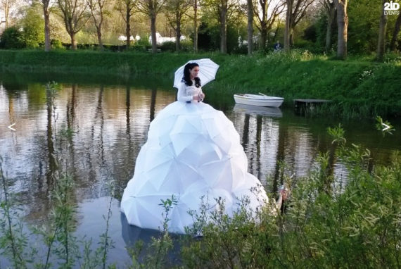 Floating Opera Singer for festivals
