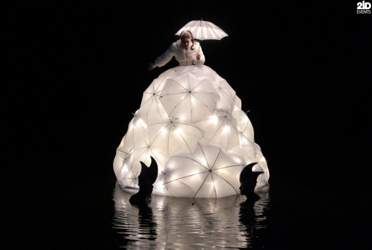 Floating Opera Singer for special events