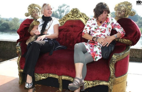 Alive Couch for gala dinners