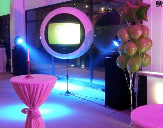 Futuristic Screen Globe for private parties