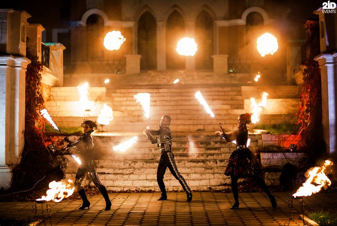 Theatrical Fire Show for street events