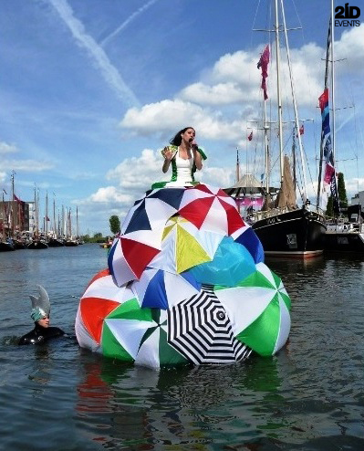 Floating Opera Singer for private events