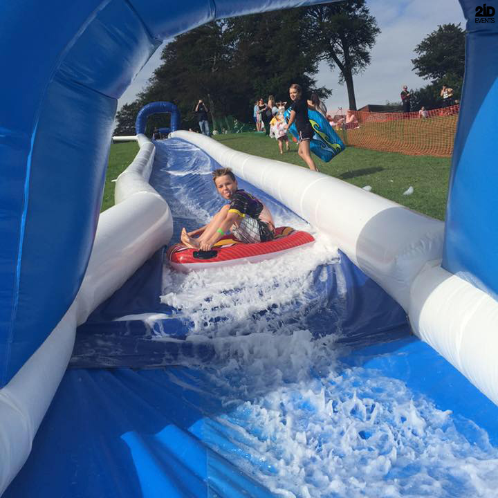 Inflatable Water Slide Dubai: INFLATABLE WATER SLIDE IN DUBAI