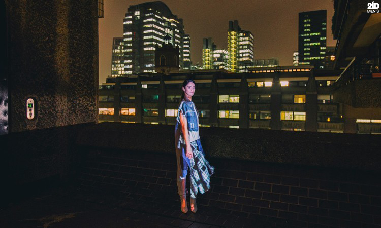 Fashion Roaming Projection for product launches