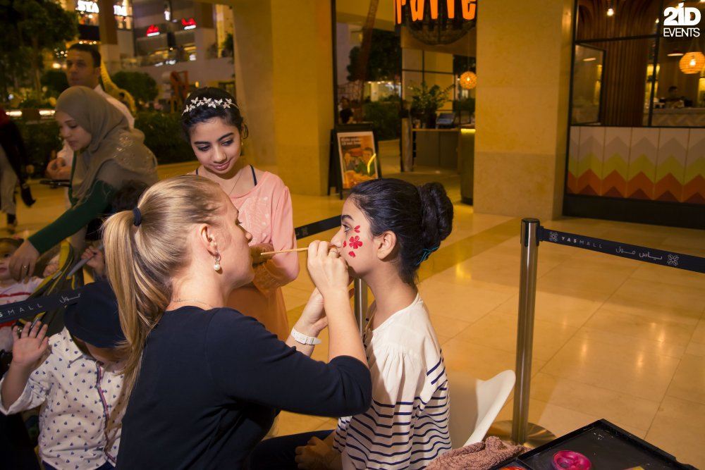 Face Painter and Tattoo art for private events