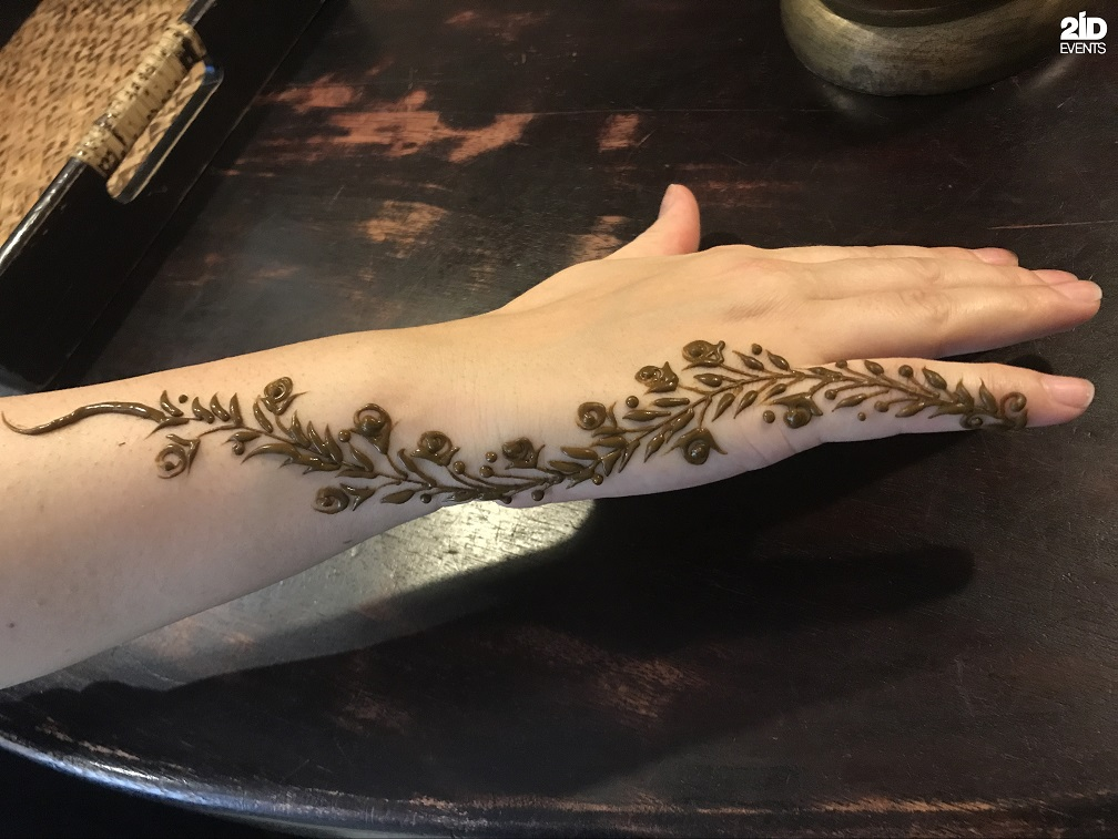 Henna Artist for corporate events