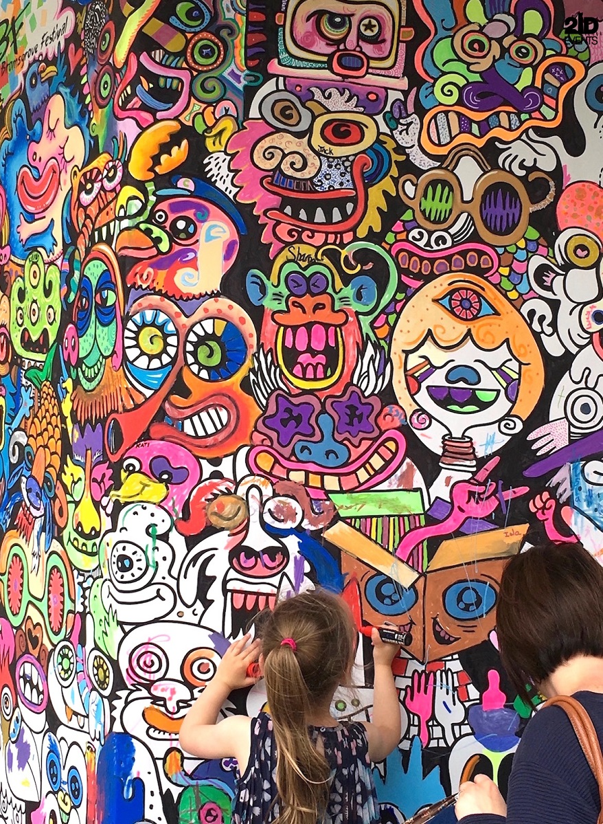 Interactive Painting wall for mall activities