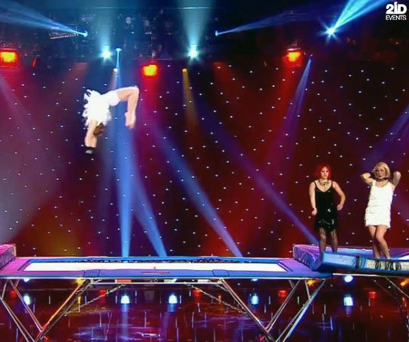 Female Trampoline Group for gala dinners